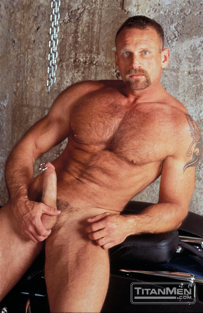 Arpad Miklos Hairy Muscle Bears With Big Cocks Amateur Gay Porn 05.jpg