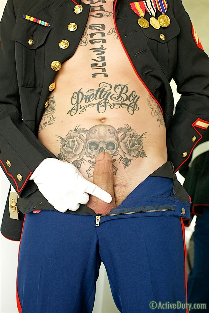 ActiveDuty-Marine-Quinn-Straight-Marine-Jerking-Off-Thick-Cock-Amateur-Gay-Porn-05 Real Tatted Straight Marine Jerking His Thick Cock