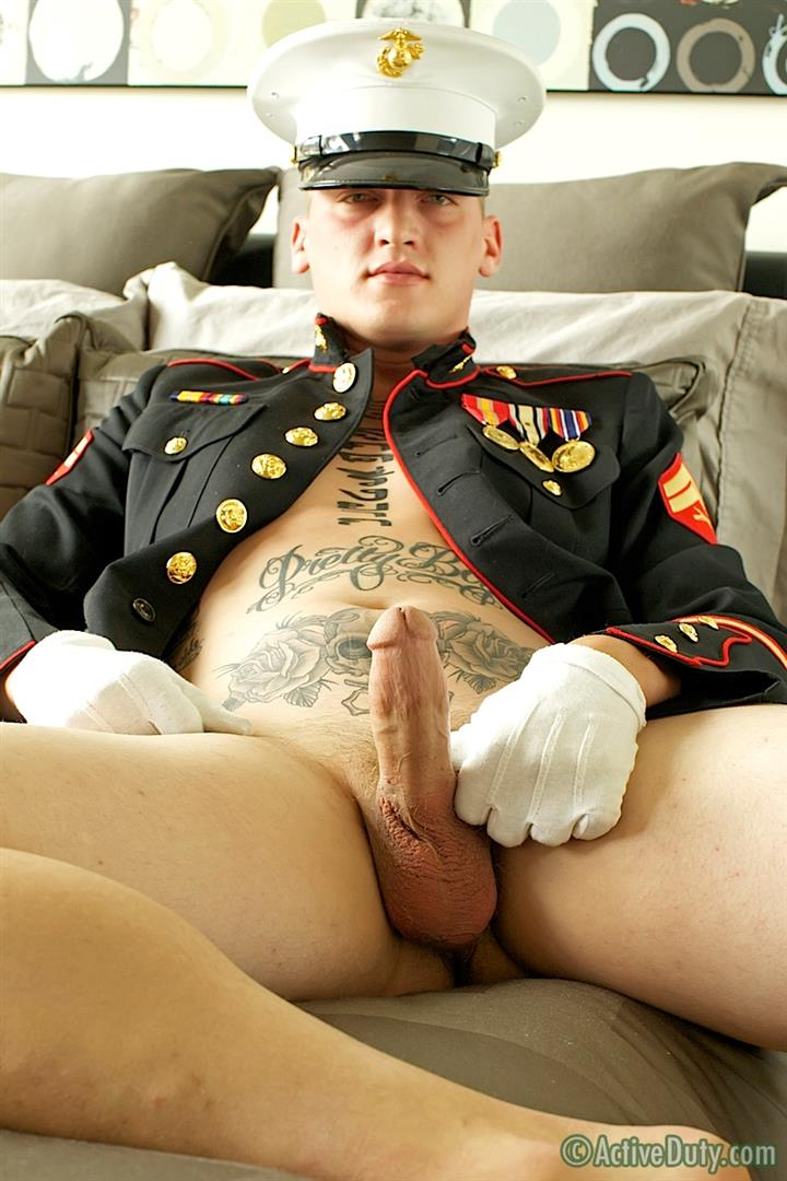 ActiveDuty-Marine-Quinn-Straight-Marine-Jerking-Off-Thick-Cock-Amateur-Gay-Porn-08 Real Tatted Straight Marine Jerking His Thick Cock