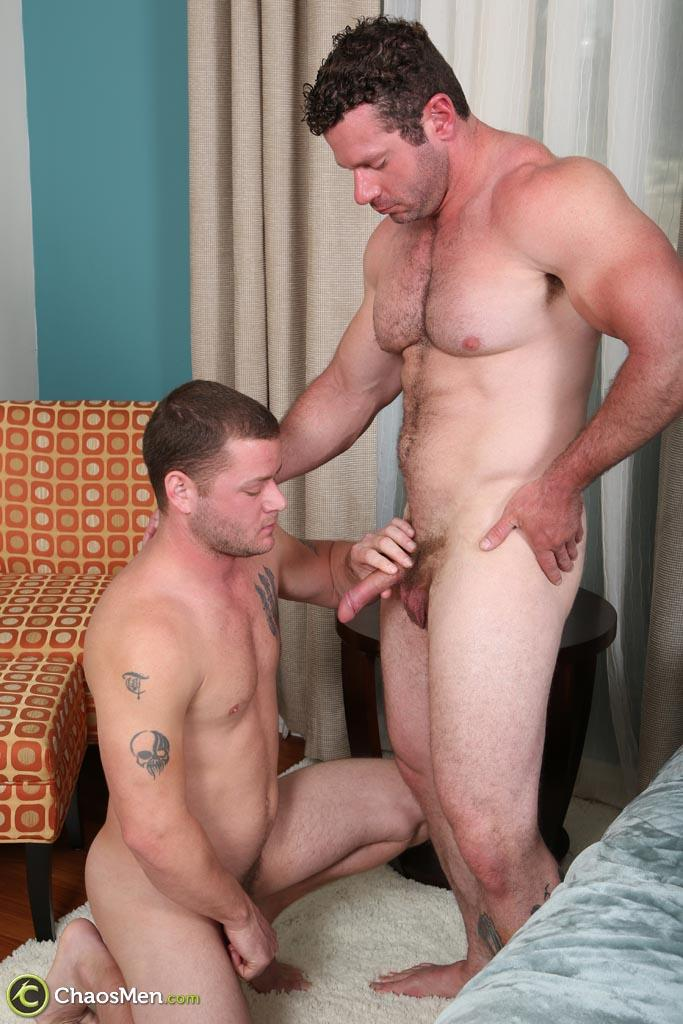 Chaosmen-Ransom-and-Wagner-Straight-Bodybuilder-Getting-Barebacked-Amateur-Gay-Porn-05 Hairy Straight Bodybuilder Gets Barebacked By His Bi Buddy