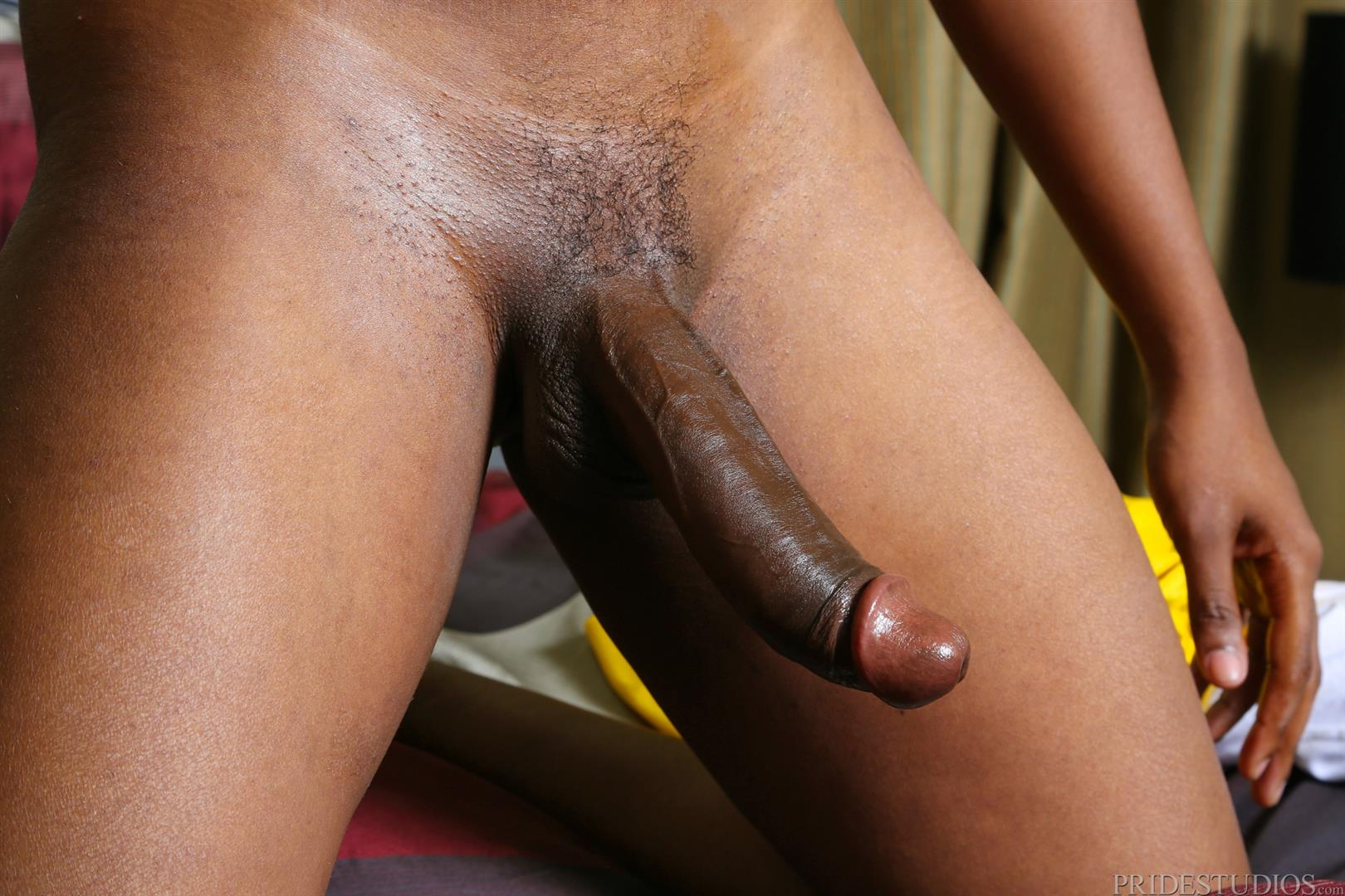 Extra-Big-Dicks-Dontae-Morningwood-Thug-Jerking-Off-Big-Black-Dick-Amateur-Gay-Porn-06 Young Black Guy With A Thick Ass Jerks His Big Black Cock