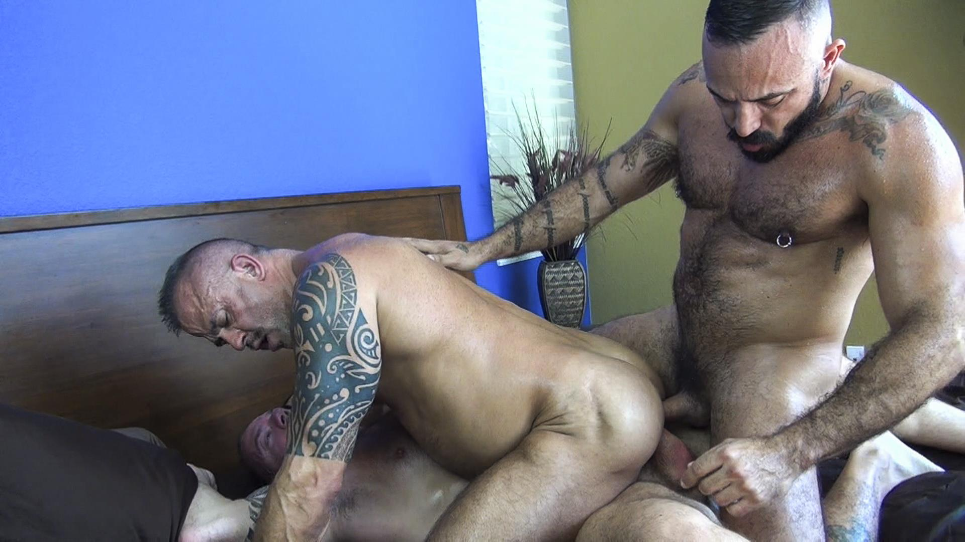 Raw Fuck Club Alessio Romero and Jon Galt and Vic Rocco Hairy Muscle Daddy Bareback Amateur Gay Porn 1 Hairy Muscle Daddy Threeway Double Bareback Penetration