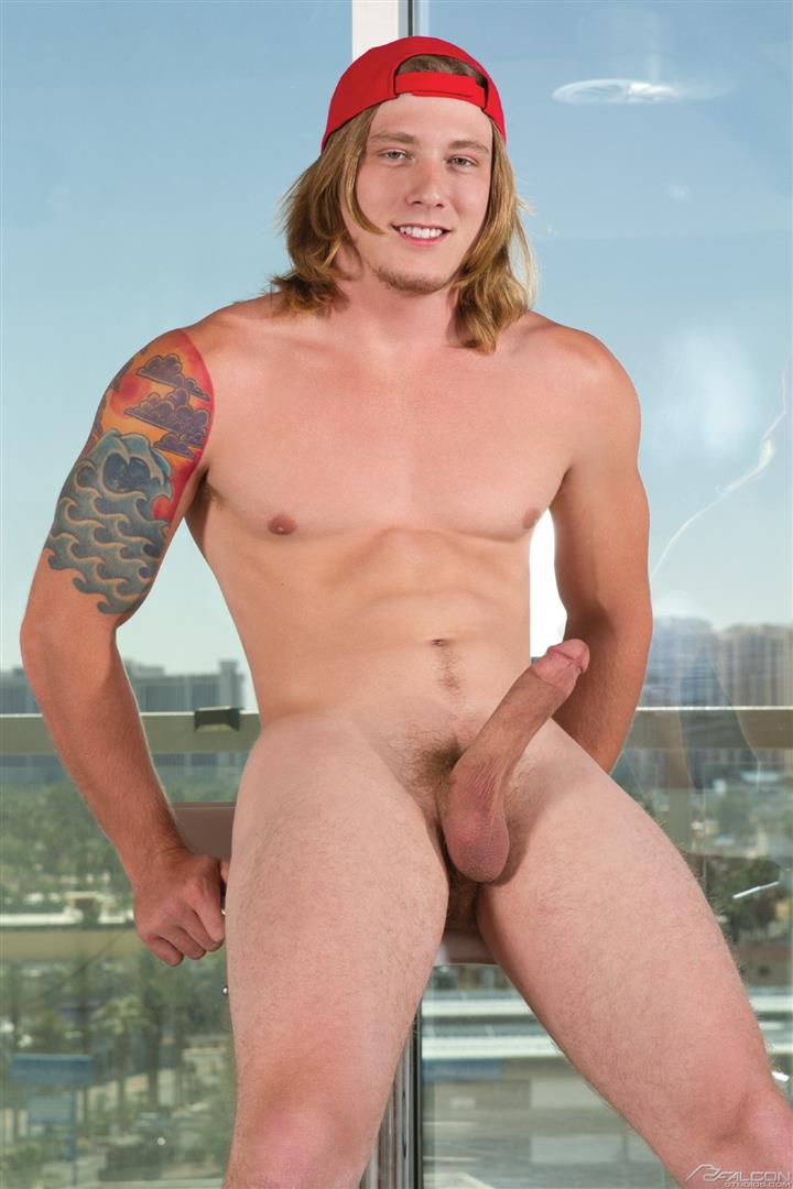 Falcon-Studios-Colt-Rivers-and-Tom-Faulk-Skater-Hunk-With-A-Big-Dick-Amateur-Gay-Porn-06 Muscular Skater Hunk Tom Faulk Fucking Colt Rivers