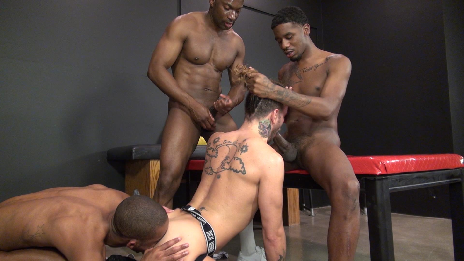 Raw-and-Rough-Champ-Robinson-Lukas-Cipriani-Knockout-Tigger-Redd-BBBH-Amateur-Gay-Porn-19 White Boy Gets A Breeding By Three Big Black Dicks