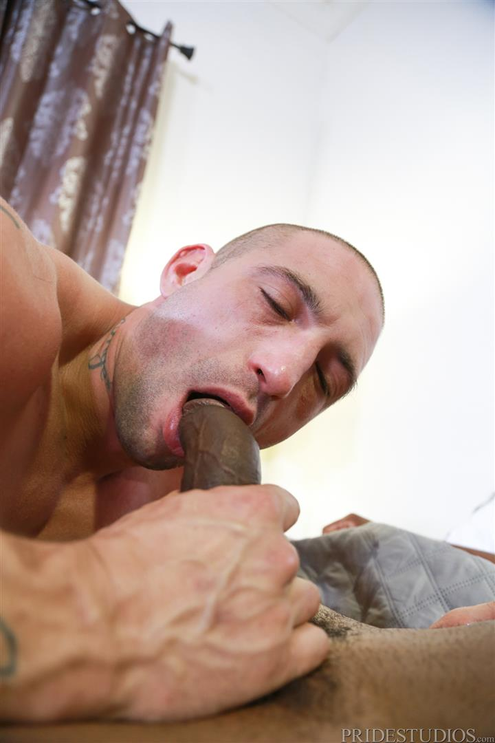 Extra-Big-Dicks-Osiris-Blade-and-Ceasar-Camaro-Big-Black-Cock-Interracial-Gay-Sex-05 White Muscle Hunk Begs For Big Black Cock